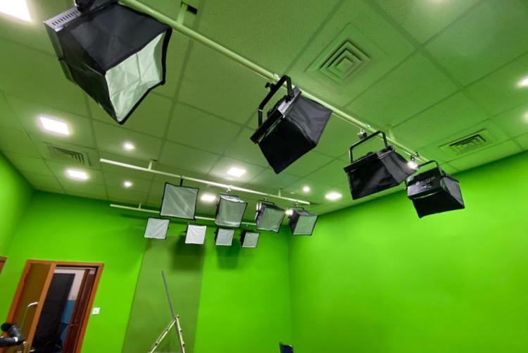 Studio Lights: Department of Journalism and Mass Communication TV and Radio Studio -  UNIVERSITY OF NAIROBI